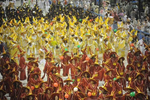 grande-rio-sambadrome-parade-2011