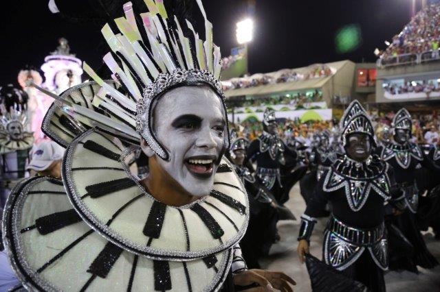 Rio-Carnival-costume