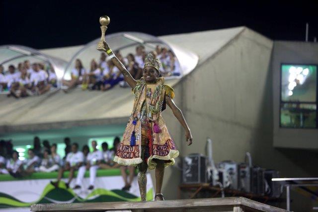 rio-carnival-2015-imperatriz-samba-school-28