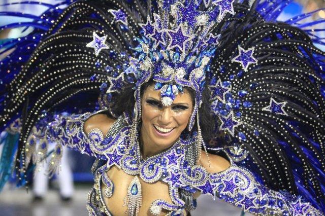 rio-carnival-2015-samba-school-champions-parade-121